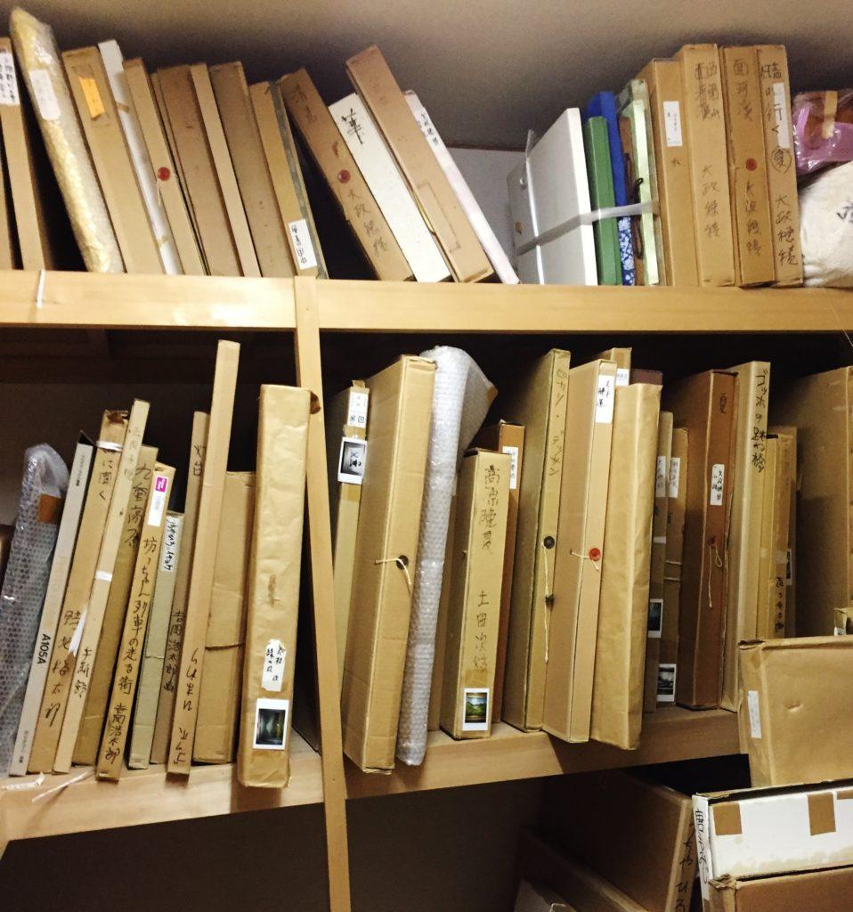 愛媛県松山市にてパステル画・印刷絵画・版画など絵画の一括買取りをいたしました